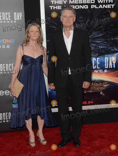 Tamara Hurwitz Photo - 20 June 2016 - Hollywood Tamara Hurwitz Bill Pullman Arrivals for the Premiere Of 20th Century Foxs Independence Day Resurgence held at TCL Chinese Theater Photo Credit Birdie ThompsonAdMedia