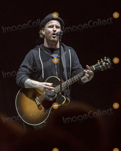 Audioslave Photo - 19 May 2017 - Columbus Ohio - Vocalist Corey Taylor (SlipknotStone Sour) pays tribute to the late Chris Cornell (SoundgardenAudioslaveTemple of the Dog) during the closing of the Rock on the Range Festival at Mapfre Stadium Taylor and fellow Stone Sour guitarist Christian Martucci performed the Pink Floyd classic Wish Your Were Here followed by the Temple of the Dog favorite Hunger Strike as a tribute to Cornell Soundgarden was scheduled to headline Friday nights bill  Photo Credit Devin SimmonsAdMedia