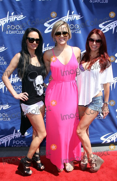 Charlie Sheen Photo - 25 May 2013 - Las Vegas NV -  Alektra Blue Alexis Texas Monique Alexander Crystal Hefner helps Sapphire Pool and Day Club kick off Memorial Day Weekend at Sapphire Gentlemans club  Charlie Sheen failed to show for his scheduled appearancePhoto Credit mjtAdMedia