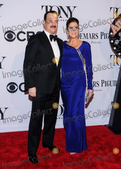 Tom Hanks Photo - 09 June 2013 - New York New York - Tom Hanks Rita Wilson 67th Annual Tony Awards Photo Credit Mario SantoroAdMedia