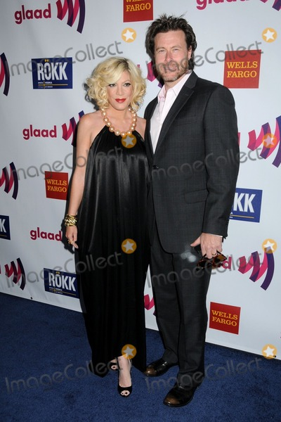 dean mcdermott son. 10 April 2011 - Los Angeles, California - Tori Spelling and Dean McDermott. 2.