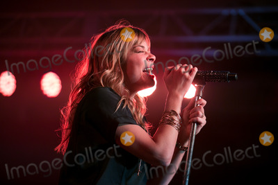 LeAnn Rimes Photo - 22 March 2013 - Cabazon California - LeAnn Rimes LeAnn Rimes Concert Photo Credit John SalangsangAdMedia