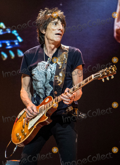 Rolling Stones Photo - 14 June 2013 - Boston Massachusetts - Ronnie Wood The Rolling Stones The Rolling Stones 50  Counting Tour live at TD Garden Photo Credit Randy PollickAdMedia