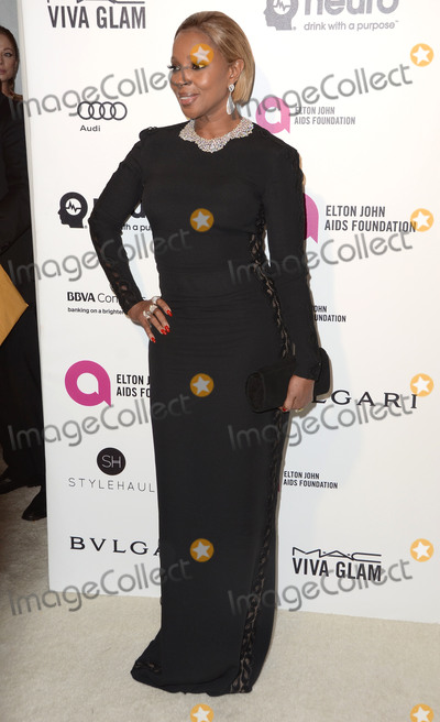 Mary J Blige Photo - 28 February 2016 - West Hollywood California - Mary J Blige 24th Annual Elton John Academy Awards Viewing Party sponsored by Bvlgari MAC Cosmetics Neuro Drinks and Diana Jenkins held at West Hollywood Park Photo Credit Birdie ThompsonAdMedia
