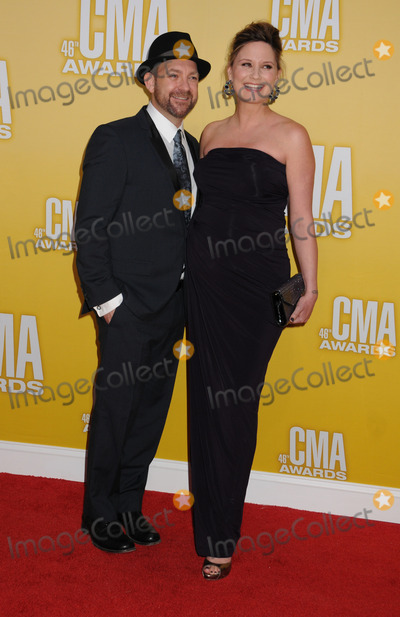 Kristian Bush Photo - 01 November 2012 - Nashville Tennessee - Kristian Bush Jennifer Nettles Sugarland The 46th Annual CMA Awards Country Musics Biggest Night held at Bridgestone Arena Photo Credit Byron PurvisAdMedia