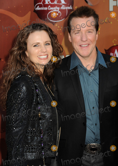 Jeff Dunham Photo - 6 December 2010 - Las Vegas California - Jeff Dunham (r) and guest American Country Awards 2010 - Arrivals held at the MGM Grand Photo Byron PurvisAdMedia