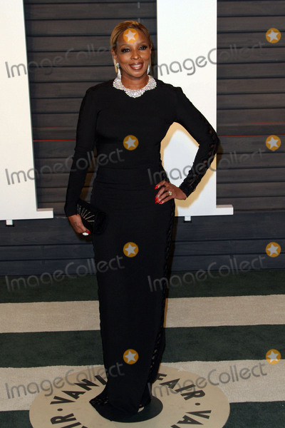 Mary J Blige Photo - 28 February 2016 - Beverly Hills California - Mary J Blige 2016 Vanity Fair Oscar Party hosted by Graydon Carter following the 88th Academy Awards held at the Wallis Annenberg Center for the Performing Arts Photo Credit AdMedia