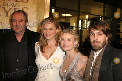 Alexandre Aja Photo - Wes Craven and Vinessa Shaw with Emilie De Ravin and Alexandre Ajaat the Los Angeles Premiere of The Hills Have Eyes Arclight Cinemas Hollywood CA 03-09-06