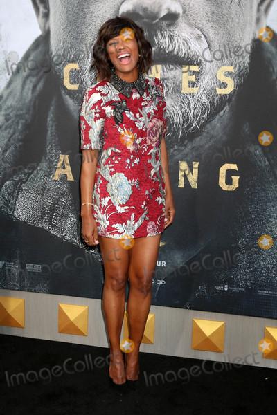 Aisha Tyler Photo - Aisha Tylerat the King Arthur Legend of the Sword World Premiere TCL Chinese Theater IMAX Hollywood CA 05-08-17
