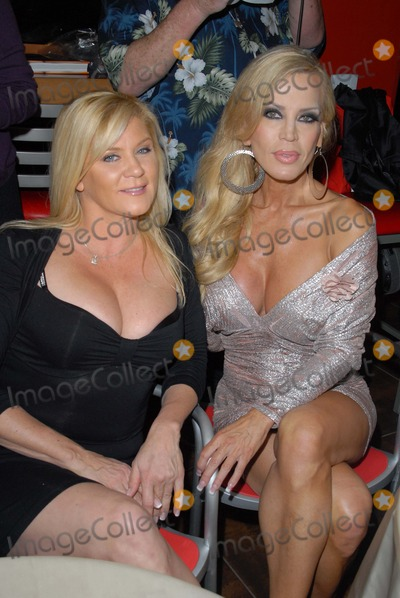 Ginger Lynn Photo - Ginger Lynn Amber Lynnat the Golden Goddesses Book Launch Gala Event Hustler Hollywood West Hollywood CA 11-29-12