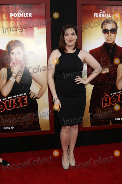 Allison Tolman Photo - Allison Tolmanat the The House Premiere TCL Chinese Theater IMAX Hollywood CA 06-26-17