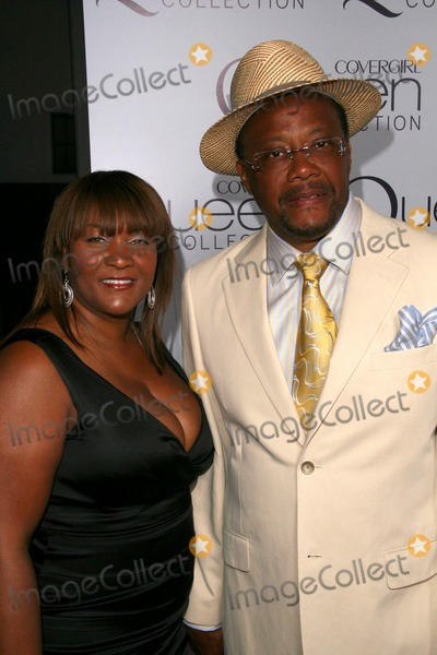 Judge Greg Mathis Photo - Judge Greg Mathis and wife Lindaat Queen Latifahs Birthday Party presented by Cover Girl Queen Collection Club Light Hollywood CA 03-28-09