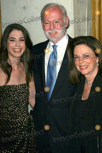 Amanda Goldberg Photo - Amanda Goldberg and her parentsat the Womens Guild 50th Anniversary Fundraising Gala Beverly Wilshire Hotel Beverly Hills CA 09-15-07