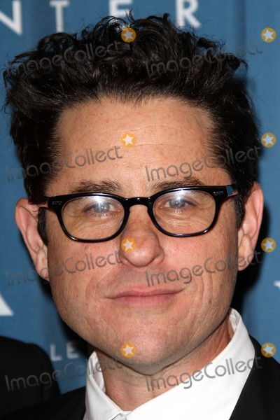 J J Abrams Photo - JJ Abramsat the Simon Wiesenthal Center Annual National Tribute Dinner Honoring Tom Cruise Four Seasons Hotel Beverly Hills CA 05-05-11