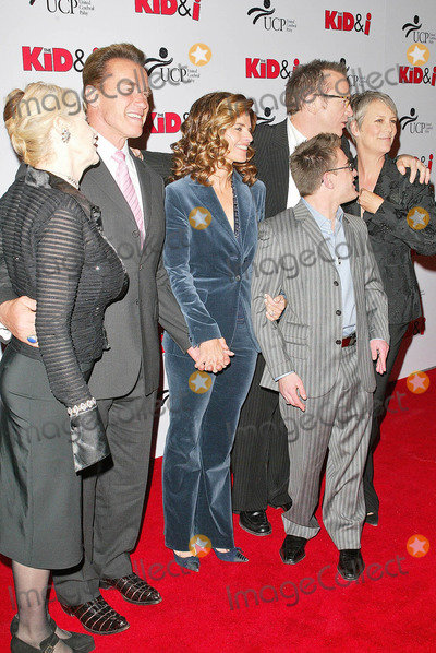 Jamie Lee Curtis Photo - Penelope Spheeris Arnold Schwarzenegger Maria Shriver Tom Arnold Eric Gores and Jamie Lee Curtisat the premiere of The Kid and I Graumans Chinese Theatre Hollywood CA 11-28-05