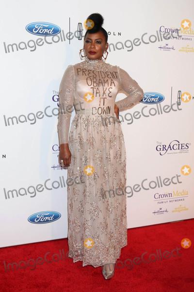 Aunjanue Ellis Photo - Aunjanue Ellisat the 41st Annual Gracie Awards Gala Beverly Wilshire Hotel Beverly Hills CA 05-24-16