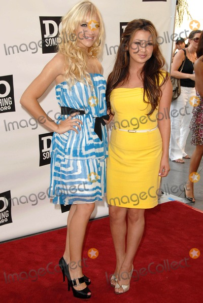 Aundrea Fimbres Photo - Shannon Rae Bex and Aundrea Fimbres at The Do Something Awards Pre Party for The 2008 Teen Choice Awards Level3 Hollywood CA 08-02-08