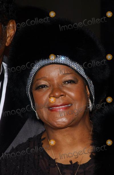 Pastor Shirley Caesar Photo - Pastor Shirley Caesararriving at the BET 25th Anniversary Show celebrating 25 years of BET Shrine Auditorium Los Angeles CA 10-26-05