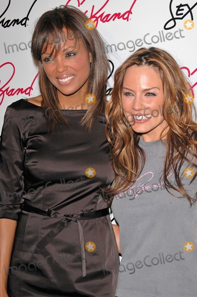 Krista Allen Photo - Aisha Tyler and Krista Allen at the Launch Party for Krista Allen Clothing Line Koi West Hollywood CA 12-06-04