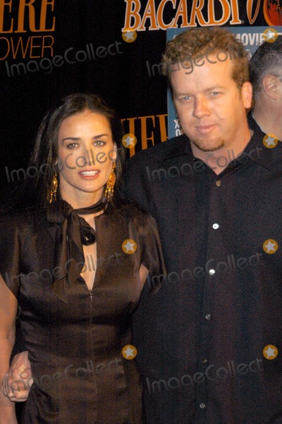 Demi Moore Photo - Demi Moore and McG at Premiere Magazines Premiere The New Power party Ivar Hollywood CA 05-06-03
