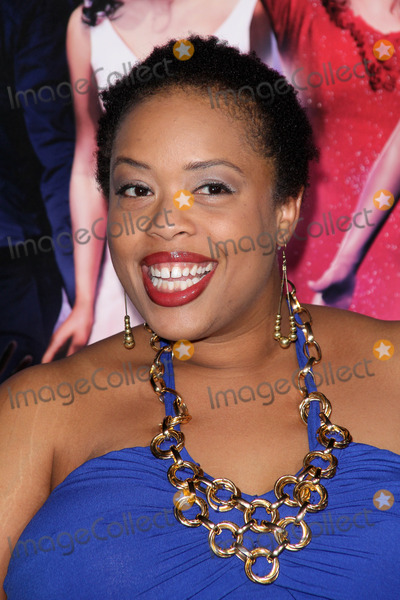 Angela Grovey Photo - Angela Groveyat the Joyful Noise World Premiere Chinese Theatre Hollywood CA 01-09-12
