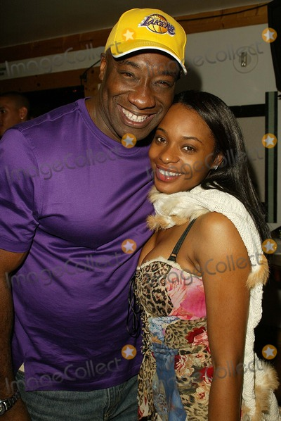 Kena Zakia Photo - Michael Clarke Duncan and Kena Zakia at Kenas Birthday and Web Site Launch Party Miyagis West Hollywood CA 11-05-04