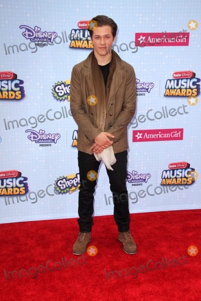Leo Howard Photo - Leo Howardat the 2015 Radio Disney Music Awards Nokia Theater Los Angeles CA 04-25-15