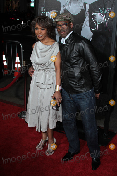 Courtney B Vance Photo - Angela Bassett and Courtney B Vanceat the This Means War Los Angeles Premiere Chinese Theater Hollywood CA 02-09-12