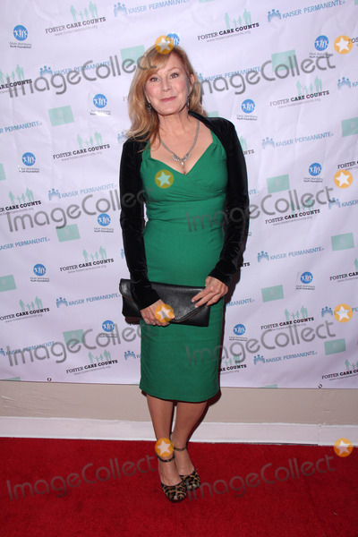 Chloe Webb Photo - LOS ANGELES - NOV 15  Chloe Webb at the Foster The Future Gala Benfitting Freehab at the Freehab Headquarters on November 15 2014 in Sun Valley CA