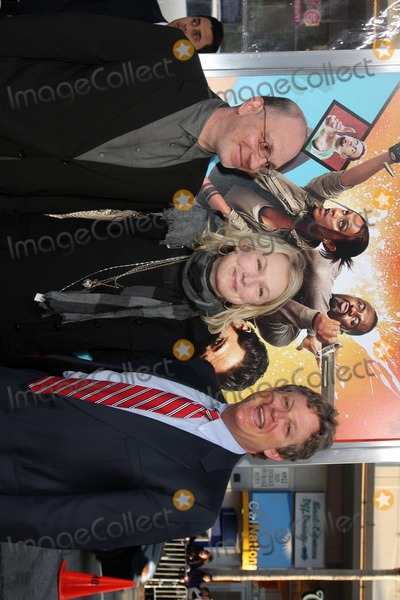 Akiva Goldsman Photo - Akiva Goldsman  wife Ted Kennedy Jrarrives at The Losers PremiereGraumans Chinese TheaterLos Angeles CAApril 20 2010