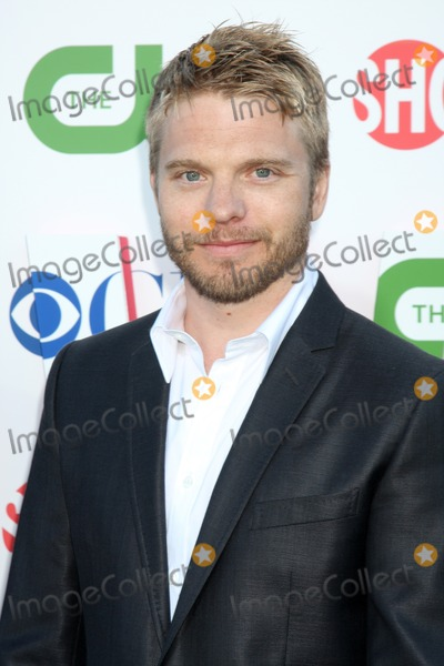 David Paetkau Photo - LOS ANGELES - JUL 28  David Paetkau arrives at the 2010 CBS The CW Showtime Summer Press Tour Party  at The Tent Adjacent to Beverly Hilton Hotel on July 28 2010 in Beverly Hills CA