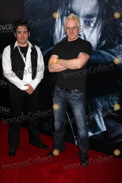 Aaron Robinson Photo - Luis Nile  Aaron Robinson arriving at the premiere of Underworld Rise of the Lycans at the ArcLight Theaters in Los Angeles CA on January 22 2009
