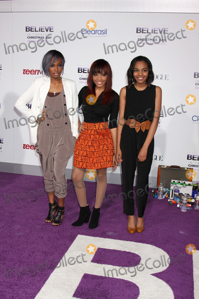 McClain Sisters Photo - LOS ANGELES - DEC 18  McClain Sisters at the Believe World Premiere at Regal 14 Theaters on Dec 18 2013 in Los Angeles CA