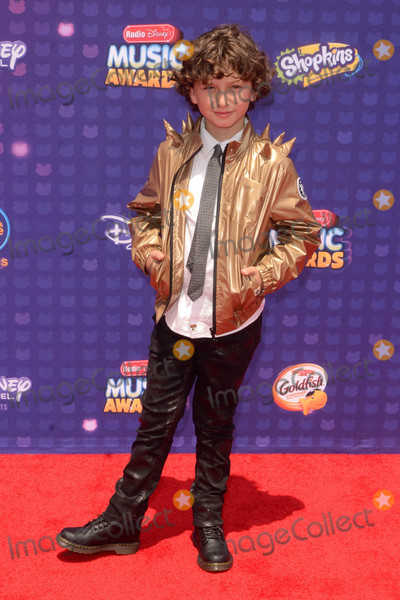 August Maturo Photo - LOS ANGELES - APR 29  August Maturo at the 2016 Radio Disney Music Awards at the Microsoft Theater on April 29 2016 in Los Angeles CA