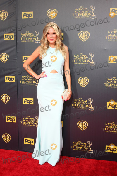Melissa Ordway Photo - LOS ANGELES - APR 26  Melissa Ordway at the 2015 Daytime Emmy Awards at the Warner Brothers Studio Lot on April 26 2015 in Burbank CA