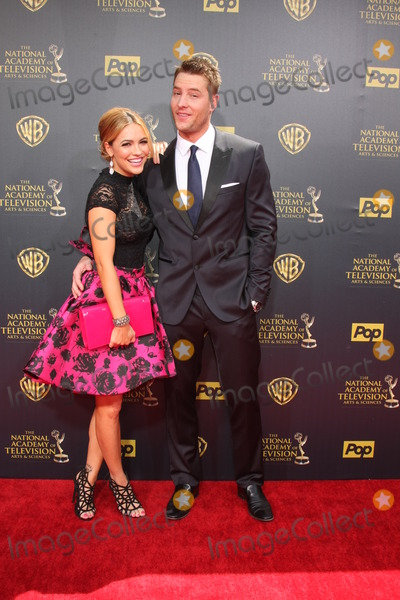 Justin Hartley Photo - LOS ANGELES - APR 26  Chrishell Stause justin Hartley at the 2015 Daytime Emmy Awards at the Warner Brothers Studio Lot on April 26 2015 in Burbank CA