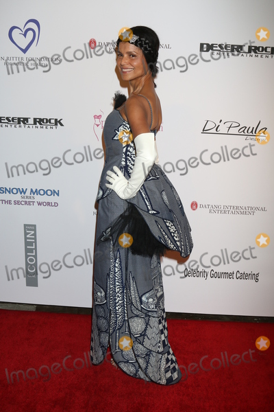 Victoria Rowell Photo - LOS ANGELES - FEB 28  Victoria Rowell at the Style Hollywood Viewing Party 2016 at the Hollywood Museum on February 28 2016 in Los Angeles CA