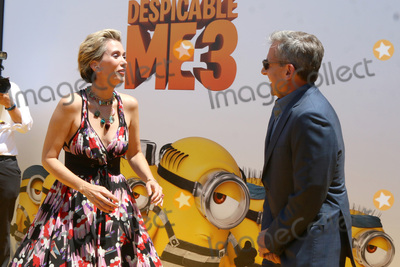 Steve Carell Photo - LOS ANGELES - JUN 24  Kristen Wiig Steve Carell at the Despicable Me 3 Premiere at the Shrine Auditorium on June 24 2017 in Los Angeles CA