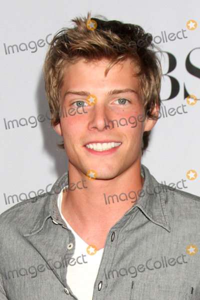 hunter parrish dating history Hunter parrish, actor: 17 again hunter parrish was born on may 13, 1987 in richmond, virginia, usa he is an actor, known for 17 again (2009), rv (2006) and it's complicated (2009) he has been married to kathryn wahl since september 13, 2015.