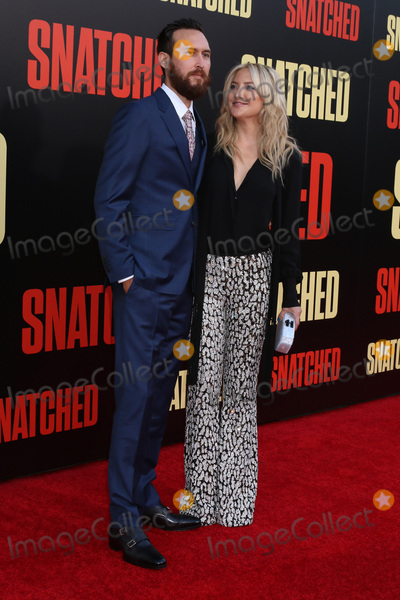 Kate Hudson Photo - LOS ANGELES - MAY 10  Danny Fujikawa Kate Hudson at the Snatched World Premiere at the Village Theater on May 10 2017 in Westwood CA