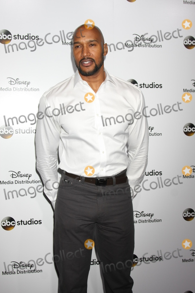 Henri Simmons Photo - LOS ANGELES - MAY 17  Henry Simmons at the ABC International Upfronts 2015 at the Disney Studios on May 17 2015 in Burbank CA