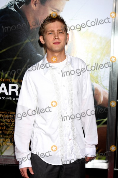Evan Ellingson Photo - Evan Ellingsonarriving at the Dear John PremiereGraumans Chinese TheaterLos Angeles CAFebruary 1 2010