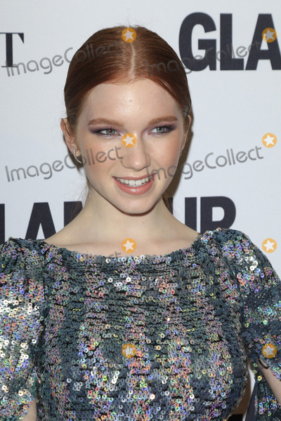 Annalise Basso Photo - LOS ANGELES - NOV 14  Annalise Basso at the Glamour Women Of The Year 2016 at NeueHouse Hollywood on November 14 2016 in Los Angeles CA