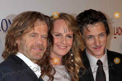 William H Macy Photo - LOS ANGELES - OCT 10  William H Macy Helen Hunt John Hawkes arrives at the The Sessions Los Angeles Premiere at Bing Theater at Los Angeles Museum of Art on October 10 2012 in Los Angeles CA