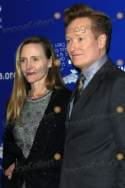 Conan OBrien Photo - LOS ANGELES - DEC 1  Liza OBrien Conan OBrien at the Childrens Defense Fund - 26th Beat The Odds Awards at Beverly Wilshire Hotel on December 1 2016 in Beverly Hills CA