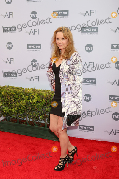 Lea Thompson Photo - LOS ANGELES - JUN 9  Lea Thompson at the American Film Institute 44th Life Achievement Award Gala Tribute to John Williams at the Dolby Theater on June 9 2016 in Los Angeles CA