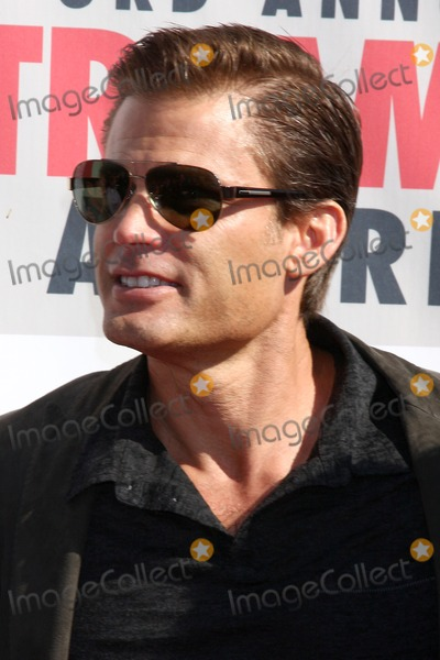 Casper Van Dien Photo - LOS ANGELES - FEB 17  Casper VanDien arrives at the 2013 Streamy Awards at the Hollywood Palladium on February 17 2013 in Los Angeles CA