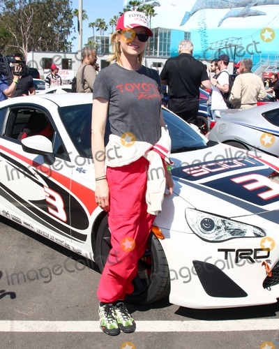 Jenna Elfman Photo - LOS ANGELES - APR 9  Jenna Elfman at the Toyota ProCeleb Race Press Day 2013 at the Toyoto Grand Prix Circuit on April 9 2013 in Long Beach CA