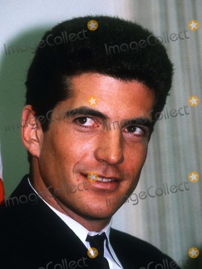 John f Kennedy jr Wife John f Kennedy jr Photo