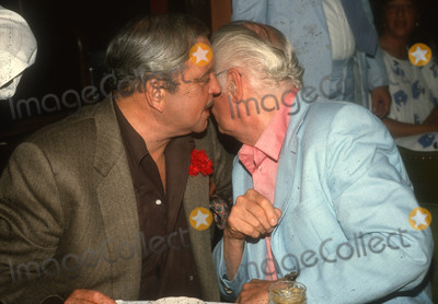 Art Carney Photo - Jackie Gleason Art Carney7615JPG1985 FILE PHOTONew York NYJackie Gleason Art CarneyPhoto by Adam ScullPHOTOlinknetONE TIME REPRODUCTION RIGHTS ONLY813-995-8612 - eMail ADAMcopyrightPHOTOLINKNET